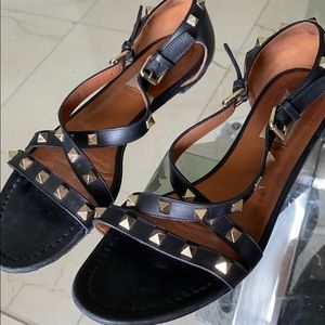 Valentino black leather sandal with gold studds